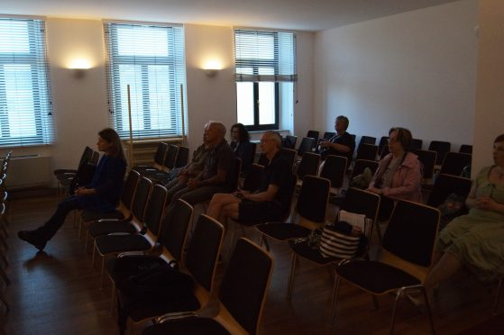 Jeden Tag begleiteten uns interessierte Zuhörer beim Kurs