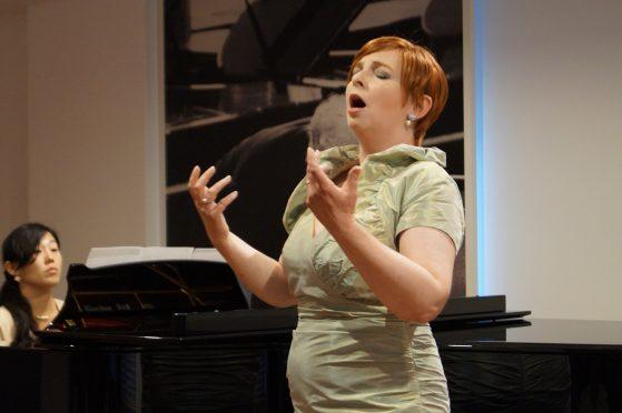 Meine erste Arie im Konzert war eine Arie von Händel´s Cornelia. Traurige, aber sehr schöne Musik.
